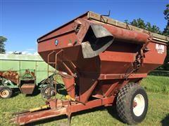 1978 M W 4800 Grain Cart