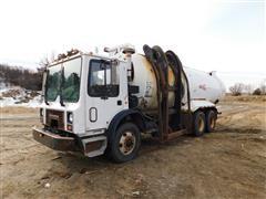 1999 Mack/IMC Tilt Tandem MR600 Trash Truck