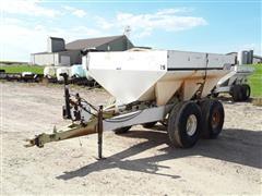 Willmar 600 T/A 6-Ton Dry Fertilizer Spreader