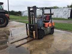 Nissan NF01M15 Forklift
