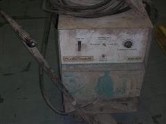 Air Products DA250 Welder
