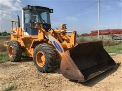Samsung SL120 Wheel Loader