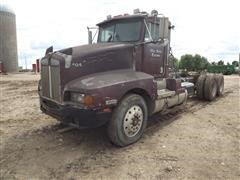 1988 Kenworth T600 Daycab T/A Truck Tractor