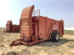Hesston 60A Stacker Wagon