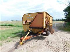 Knight Reel Augie 3450 Feeder Mixer Wagon