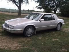1989 Buick Riviera 2 Door Coupe Car