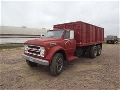 1971 Chevrolet C60 T/A Grain Truck W/Wood Box