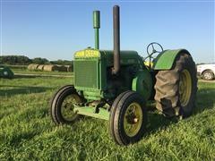 1937 John Deere D 2WD Tractor