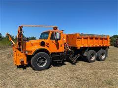 1992 International 4900 T/A Dump Truck