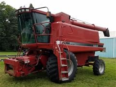 1995 Case IH 2166 Axial - Flow Combine