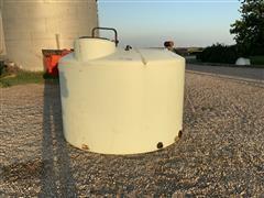 1550-Gal Pivot Tank