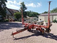 New Idea 9009 Planter