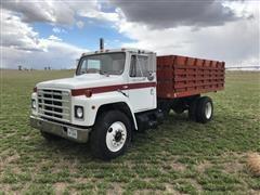 1982 International 1954 Grain Truck