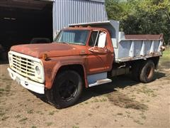 1973 Ford F610 S/A Dump Truck