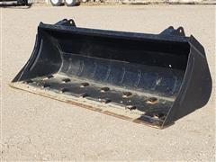Case IH 7.5' Wide Loader Bucket