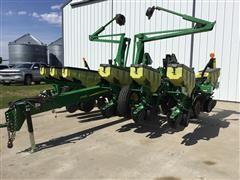 """2014 John Deere 1765 12R30"""" Planter"""
