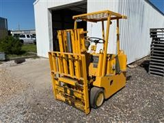 1977 Mercury 401S Electric Forklift