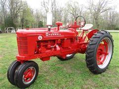 53 Farmall Super H Antique 2WD Tractor