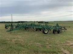 2002 John Deere 980 38' Field Cultivator