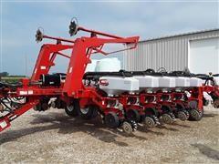 White 8516 16R30 Planter