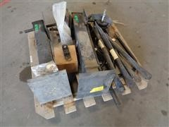 New Holland Trailer Landing Gear/Extra Parts