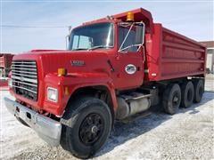 1994 Ford LT8000F Tri/A Dump Truck