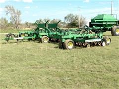 John Deere 1850 Air Drill w/787 Cart