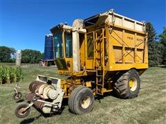 Field Queen Side Dump Forage Harvester