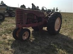 Massey Harris 44 2WD Tractor (INOPERABLE)