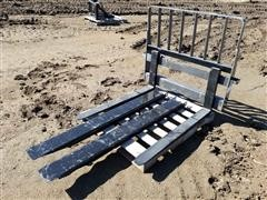 2020 CNH Heavy Duty Pallet Forks