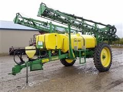2002 Summers Ultimate NT Pull Type Sprayer