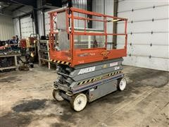 2011 SkyJack SJ3226 DC Electric Scissor Lift
