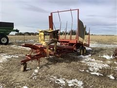 New Holland Stackliner 1032 T/A Bale Wagon