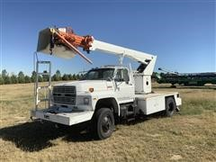1986 Ford 700 4x4 Bucket Truck