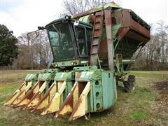 John Deere 9950 Cotton Picker
