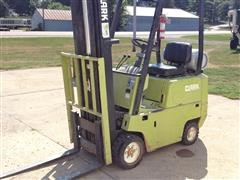 Clark C500-30 Forklift