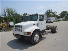 1999 International Lo-Profile 4700 Cab & Chassis