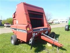1996 Case International 8465 Round Baler