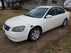2005 Nissan Altima S/SL 4 Door Sedan Car