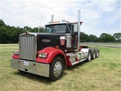 2003 Kenworth W900 Tri/A Winch Truck