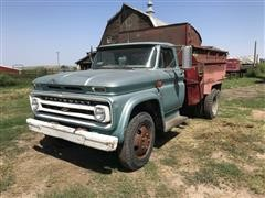 1964 Chevrolet C60 Feed Truck