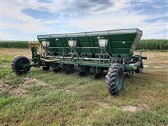 "Lockwood 6200-06100 6R36"" Potato Planter"