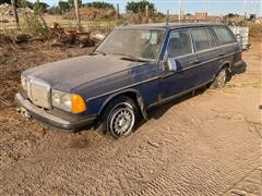1984 Mercedes Benz 300TD Turbo Diesel Station Wagon For Parts