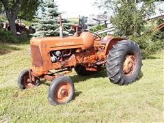 1959 Allis-Chalmers D17 Propane 2WD Tractor **TURNS OVER, DOES NOT RUN**