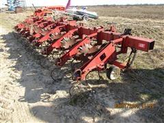 Case IH 18 Cultivator