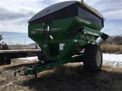 Demco 750 Bushel Grain Cart