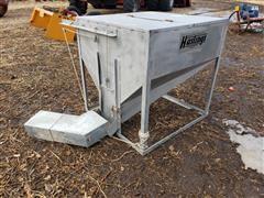 Hastings Feed Storage Tote