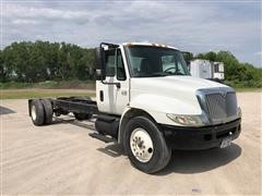 2005 International 4000 Series 4300 Cab & Chassis