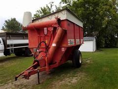 Hutchinson 400 Grain Liner Grain Cart