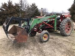1969 International 544 2WD Tractor W/Loader